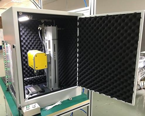 Technomark Multi4 Etabli dans boitier insonorisé